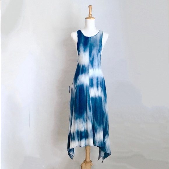 006b9472 Zara Trafalus Blue and White Tie Dyed Maxi Dress. M_5b03658272ea8809062a5379